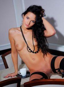 Фото проститутки СПб по имени Поля +7(931)537-59-57