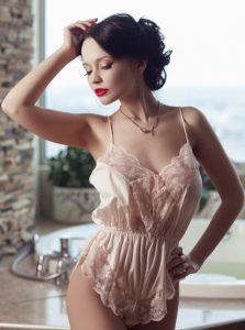 Фото проститутки СПб по имени Арина +7(921)653-11-34