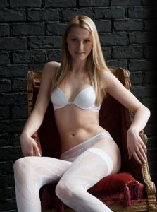 Фото проститутки СПб по имени Виктория +7(931)300-15-36